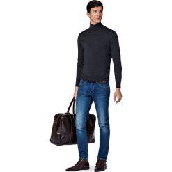 Jeansy Brooklyn. Niebieskie jeansy męskie slim marki LANCERTO. W wyprzedaży za 299,90 zł.