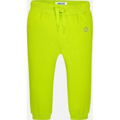 Mayoral - Spodnie dziecięce 68-98 cm. Żółte joggery męskie Mayoral, z bawełny. Za 49,90 zł.