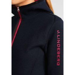 Bluzy polarowe: J.LINDEBERG LOGO HOOD TECH Bluza z polaru chill navy