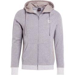 BOSS CASUAL ZTEEN Bluza rozpinana light/pastel grey. Szare bluzy męskie rozpinane marki BOSS Casual, m, z bawełny. W wyprzedaży za 535,20 zł.
