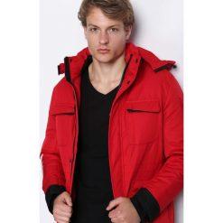 Czerwona Kurtka Get Easier. Czarne kurtki męskie zimowe marki Born2be, l, z aplikacjami, z dresówki. Za 224,99 zł.