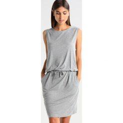 Sukienki hiszpanki: And Less SEFFNER Sukienka z dżerseju grey melange