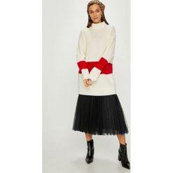 Calvin Klein - Sweter. Szare swetry klasyczne damskie Calvin Klein, m, z dzianiny, z golfem. Za 899,90 zł.