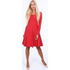 Rozkloszowana sukienka czerwona 40080. Czerwone sukienki marki Fasardi, l. Za 79,00 zł.