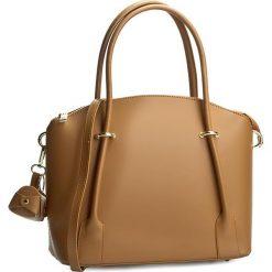 Torebka CREOLE - RBI10167 Jasny Brąz. Brązowe torebki klasyczne damskie Creole, ze skóry. W wyprzedaży za 219,00 zł.