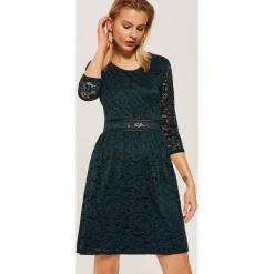 Koronkowa sukienka - Turkusowy. Niebieskie sukienki koronkowe House, l. Za 99,99 zł.