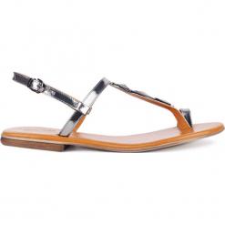 Sandały MOLLY. Szare sandały damskie Gino Rossi, w geometryczne wzory, ze skóry. Za 99,90 zł.