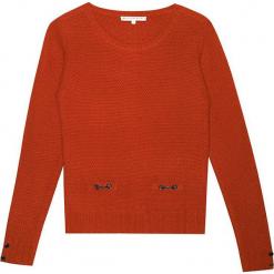 Sweter kaszmirowy w kolorze pomarańczowym. Brązowe swetry klasyczne damskie marki Ateliers de la Maille, z kaszmiru, z okrągłym kołnierzem. W wyprzedaży za 682,95 zł.