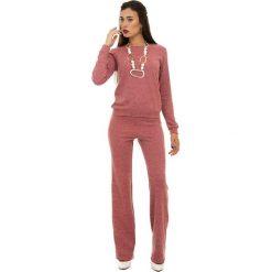 Swetry oversize damskie: 2-częściowy zestaw w kolorze brzoskwiniowym – sweter, spodnie