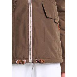 Bench BLOOMERS Kurtka snowboardowa dark brown. Brązowe kurtki damskie narciarskie Bench, xl, z materiału. W wyprzedaży za 559,20 zł.