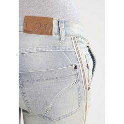 LOVE2WAIT SOFIA Jeansy Slim Fit dirty wash. Szare jeansy damskie LOVE2WAIT. W wyprzedaży za 237,30 zł.