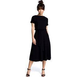 ANNETTE Sukienka z rozkloszowanym dołem - czarna. Czarne sukienki hiszpanki BE, s, midi, dopasowane. Za 199,00 zł.