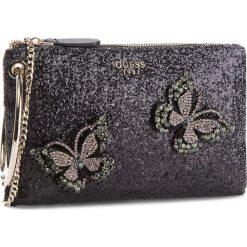 Torebka GUESS - HWGB71 11260 BLA. Czarne torebki klasyczne damskie marki Guess, z aplikacjami, z tworzywa sztucznego. Za 449,00 zł.