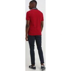 Lacoste Koszulka polo bordeaux. Czerwone koszulki polo Lacoste, m, z bawełny. Za 419,00 zł.