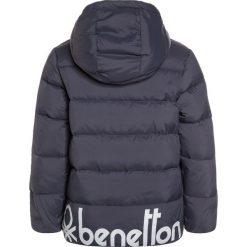 Benetton JACKET  Kurtka puchowa anthracite. Niebieskie kurtki chłopięce zimowe marki Benetton, z bawełny. W wyprzedaży za 199,20 zł.