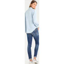 Replay Koszula lightblue denim. Niebieskie koszule damskie marki Replay. Za 429,00 zł.