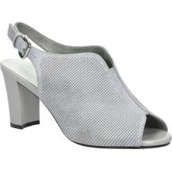 Szare sandały zabudowane na słupku błyszczące Sergio Leone SK812-02P. Czarne sandały damskie na słupku marki Sergio Leone. Za 79,99 zł.