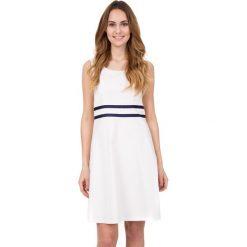 Bawełniana sukienka z krótkim rękawem w kolorze ecru BIALCON. Szare sukienki koktajlowe marki BIALCON, z bawełny, z krótkim rękawem, mini, rozkloszowane. W wyprzedaży za 206,00 zł.