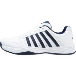 KSWISS COURT SMASH Obuwie multicourt white/navy. Białe buty do tenisa męskie marki K-SWISS. Za 379,00 zł.