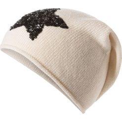 Czapka beanie w kolorze kremowym. Białe czapki zimowe damskie Codello, z dzianiny. W wyprzedaży za 73,95 zł.