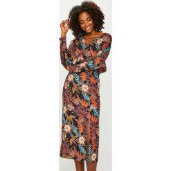 Answear - Sukienka Nomad. Brązowe sukienki ANSWEAR, na co dzień, l, z poliesteru, casualowe, midi, proste. Za 199,90 zł.