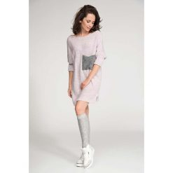 Swetry klasyczne damskie: Długi Różowy Sweter z Kontrastową Kieszenią