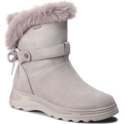 Śniegowce GEOX - D Hosmos B Abx C D84AUC 0322N C1355 Lt Grey/Silver. Szare buty zimowe damskie marki Geox, z gumy. W wyprzedaży za 419,00 zł.