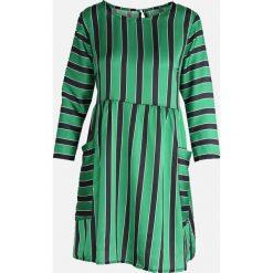 Zielona Sukienka Oyster. Zielone sukienki letnie Born2be, s. Za 94,99 zł.
