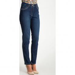 Niebieskie jeansy ze srebrnymi elementami QUIOSQUE. Niebieskie jeansy damskie z wysokim stanem QUIOSQUE. W wyprzedaży za 79,99 zł.