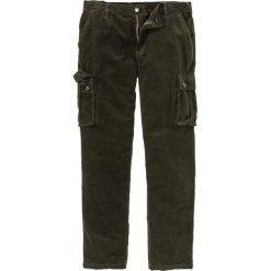 Spodnie sztruksowe bojówki Regular Fit bonprix nocny oliwkowy. Zielone bojówki męskie bonprix, ze sztruksu. Za 109,99 zł.