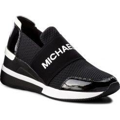 Sneakersy MICHAEL MICHAEL KORS - Felix Trainer 43T8FXFS3D Black. Czarne sneakersy damskie marki MICHAEL Michael Kors, z gumy, przed kolano, na wysokim obcasie. Za 759,00 zł.