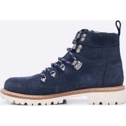 Toms - Botki. Czarne buty zimowe damskie marki Mohito, na obcasie. W wyprzedaży za 369,90 zł.