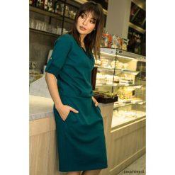 Sukienki: Sukienka ze stójką i plisą w dekolcie - zielona