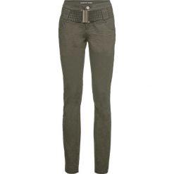 Dżinsy SKINNY z paskiem bonprix ciemnooliwkowy. Niebieskie jeansy damskie marki bonprix, z nadrukiem. Za 159,99 zł.