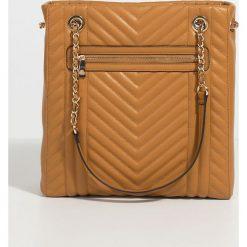 Parfois - Torebka. Pomarańczowe shopper bag damskie Parfois, w paski, z materiału, do ręki, duże, pikowane. Za 99,90 zł.