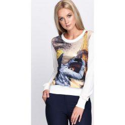 Kremowa Bluza Photo Essay. Białe bluzy rozpinane damskie Born2be, xl, z nadrukiem, z satyny, z długim rękawem, długie. Za 19,99 zł.