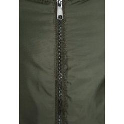 S.Oliver RED LABEL Kurtka zimowa dark green. Brązowe kurtki dziewczęce zimowe marki s.Oliver RED LABEL, z materiału. W wyprzedaży za 167,20 zł.