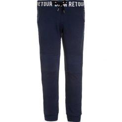 Retour Jeans JODY Spodnie treningowe indigo blue. Czarne jeansy chłopięce marki bonprix, z aplikacjami. Za 189,00 zł.