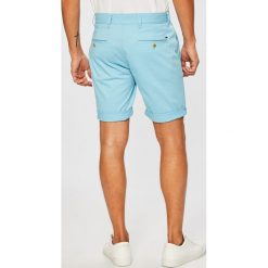 Tommy Jeans - Szorty. Szare spodenki jeansowe męskie Tommy Jeans, casualowe. W wyprzedaży za 219,90 zł.