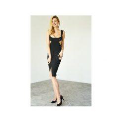 Sukienka czarna Mirella. Czarne sukienki z falbanami marki Kelly couronne, l, wyszczuplające. Za 269,10 zł.
