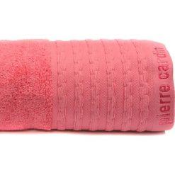 Kąpielówki męskie: Ręcznik w kolorze koralowym