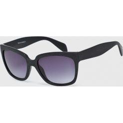 Medicine - Okulary Desert Island. Brązowe okulary przeciwsłoneczne męskie aviatory MEDICINE, z materiału, prostokątne. W wyprzedaży za 14,90 zł.