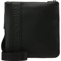 Emporio Armani PIATTINA PICCOLA Torba na ramię black. Czarne torby na ramię męskie marki Emporio Armani, na ramię, małe. Za 609,00 zł.
