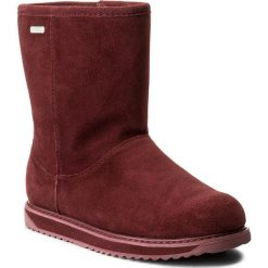 Buty EMU AUSTRALIA - Paterson Classic Lo W11590 Red Wine. Czerwone buty zimowe damskie EMU Australia, ze skóry, na niskim obcasie. W wyprzedaży za 439,00 zł.