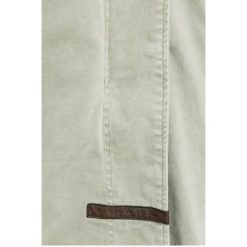 Pepe Jeans - Kurtka. Szare kurtki damskie jeansowe Pepe Jeans, s, z kapturem. W wyprzedaży za 629,90 zł.