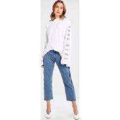 Bluzki asymetryczne: Tiger of Sweden Jeans Bluzka z długim rękawem white