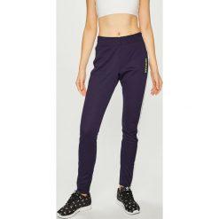 Calvin Klein Performance - Legginsy. Szare legginsy sportowe damskie Calvin Klein Performance, s, z bawełny. Za 399,90 zł.