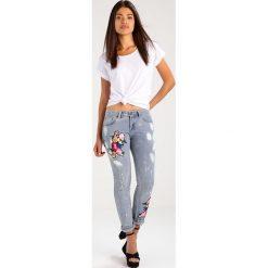 Liquor N Poker MIDORI FLORAL PAINT Jeansy Slim Fit bleach wash. Niebieskie jeansy damskie Liquor N Poker, z bawełny. Za 199,00 zł.