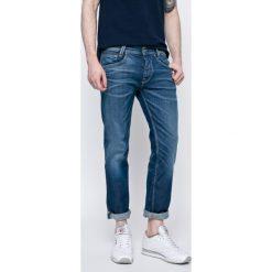 Pepe Jeans - Jeansy. Niebieskie jeansy męskie regular Pepe Jeans. W wyprzedaży za 299,90 zł.