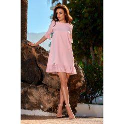 Kobieca sukienka z falbanką l243. Czerwone sukienki balowe Lemoniade, na co dzień, l, z falbankami. W wyprzedaży za 139,00 zł.